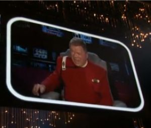 Le Capitaine Kirk vient donenr des conseils à Seth MacFarlane pour les Oscars 2013
