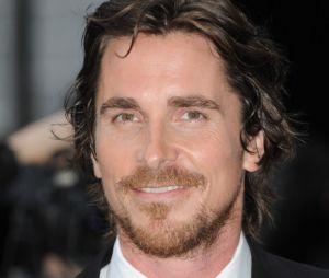 Christian Bale prêt à enfiler de nouveau le costume de Batman pour Justice League ?