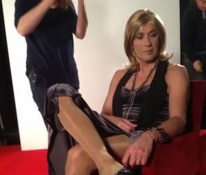 Julien Courbet, déguisé en femmes pour l'émission Oh les filles ! diffusée le 9 mars