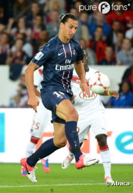 Zlatan Ibrahimovic s'en prend aux supporters du PSG