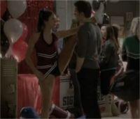 The Vampire Diaries saison 4 : Elena titille Stefan dans un nouvel extrait