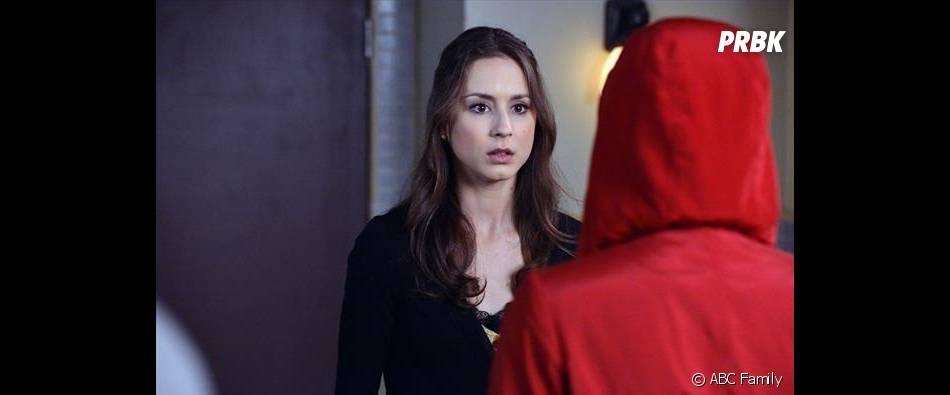 La fille au manteau rouge se dévoile dans le final de la saison 3 de Pretty Little Liars