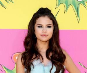 Selena Gomez, un vrai canon aux KCA 2013