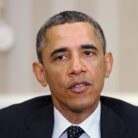 Barack Obama : un homme sort un pistolet pendant le passage de son cortège