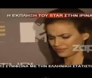Irina Shayk a été piégée par un journaliste qui lui a demandé de couper le t-shirt de Lionel Messi, l'ennemi de Cristiano Ronaldo.