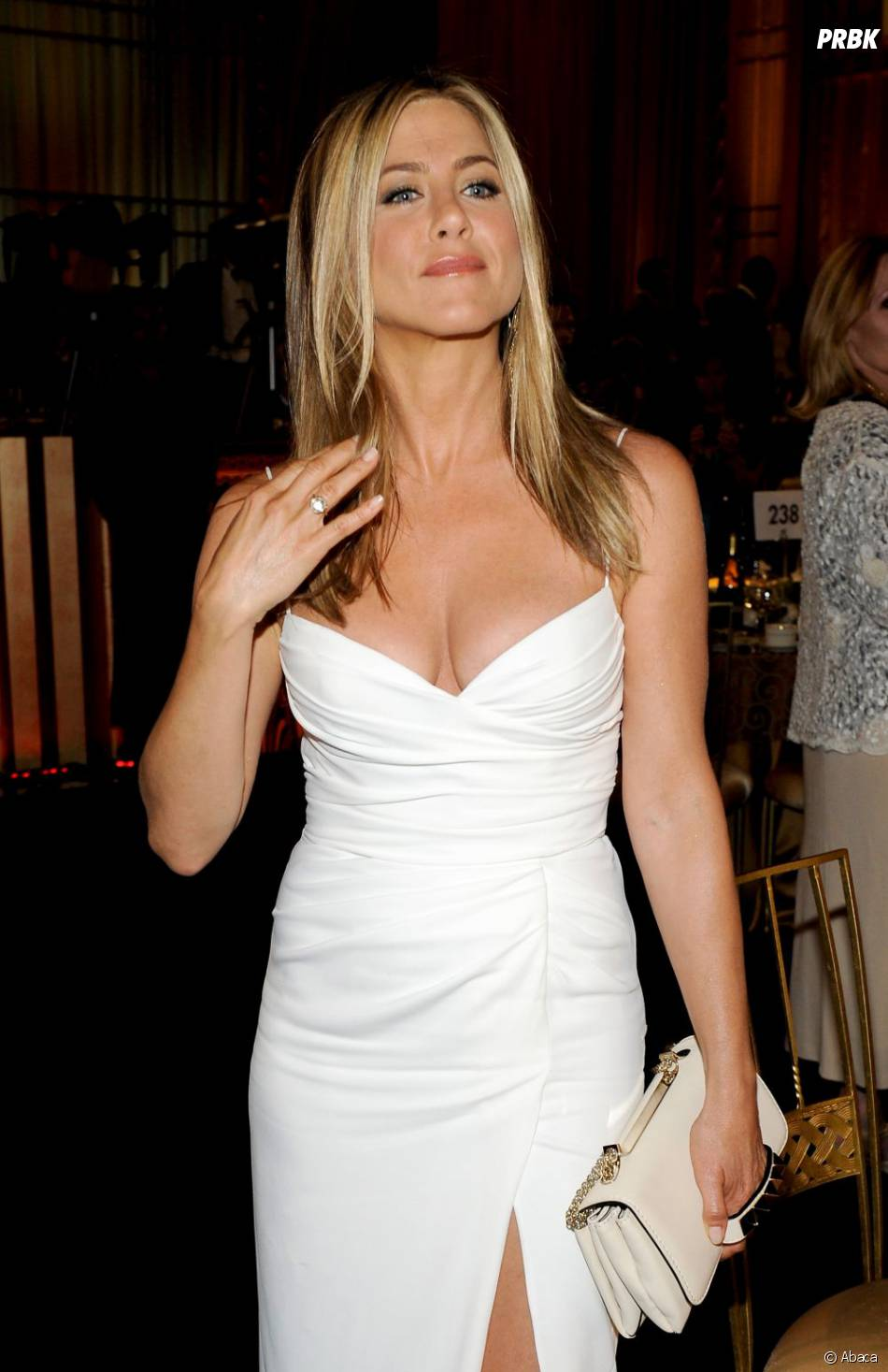 Jennifer Aniston a des fesses qui vont à droite et à gauche