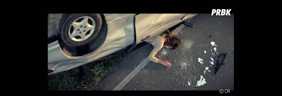 La jeune femme va avoir un accident