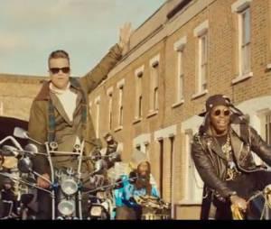 Robbie Williams et Dizzee Rascal s'amusent comme des petits fous