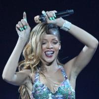 Rihanna : strip-tease et flirt à volonté au menu de ses soirées