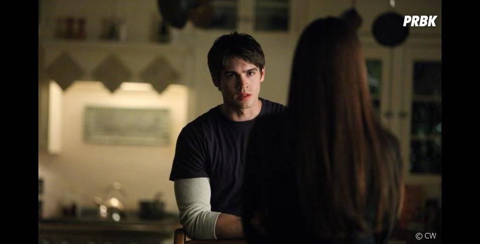 Jeremy de retour à la vie dans Vampire Diaries