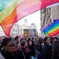 New-York : énorme manifestation après un meurtre homophobe en pleine ville