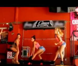 Les filles font le show dans Les Marseillais à Cancun