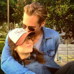 Alexander Skarsgard et Ellen Page : le couple officialise sur Twitter