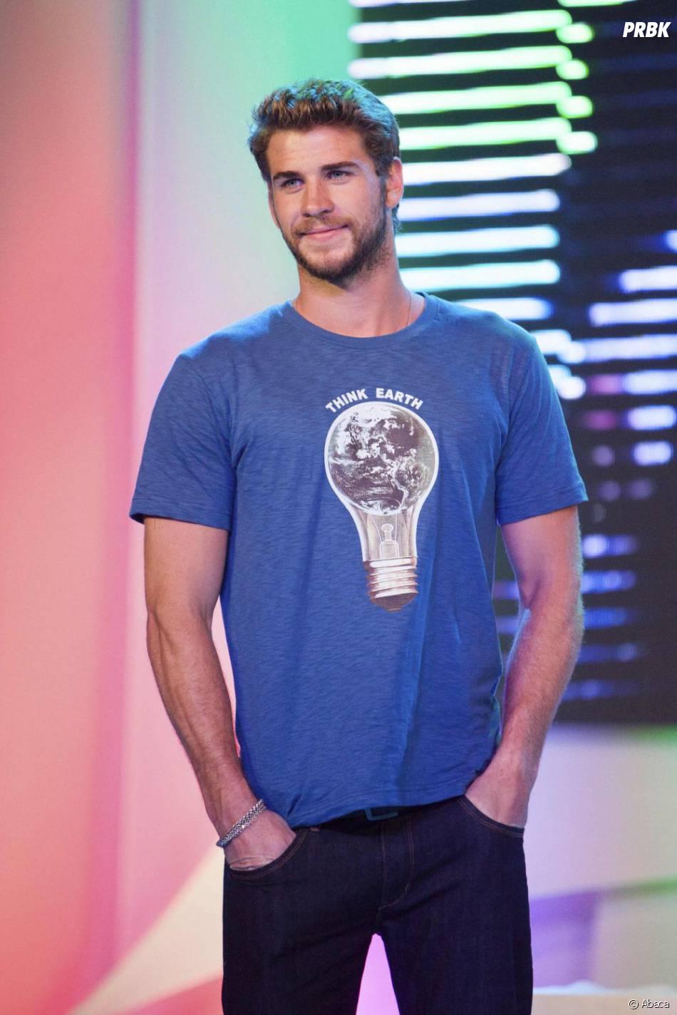 Liam Hemsworth fait fondre Amanda Bynes