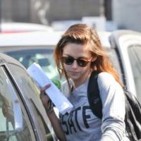 Kristen Stewart - femme au volant, danger au tournant ? Sa voiture totalement défoncée