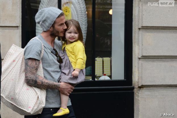 David Beckham et sa fille Harper dans les rues de Paris en mai 2013