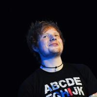 Ed Sheeran trop gros et trop roux pour réussir ? Il balance sur l'industrie