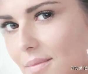 Cheryl Cole toute en simplicité pour L'Oréal Paris.