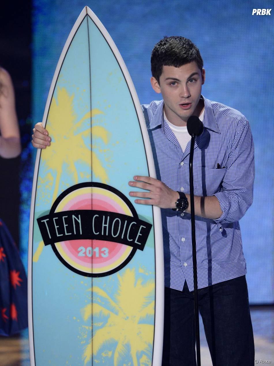 Logan Lerman aux Teen Choice Awards 2013