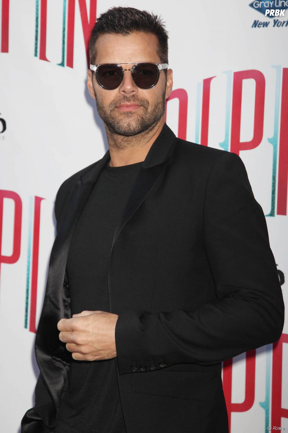 """Ricky Martin : """"Je brutalisais des gays"""""""