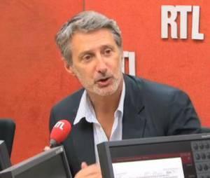 Le Grand Journal : Antoine de Caunes a remplacé Michel Denisot