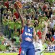 Tony Parker déclenche la polémique sur Twitter après sa victoire à l'Eurobasket 2013