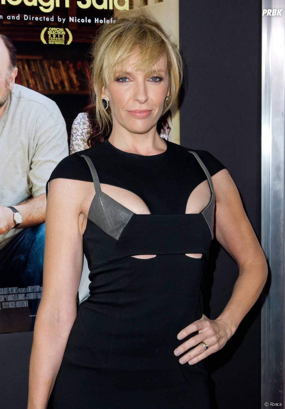 Toni Collette joue Ellen Sanders