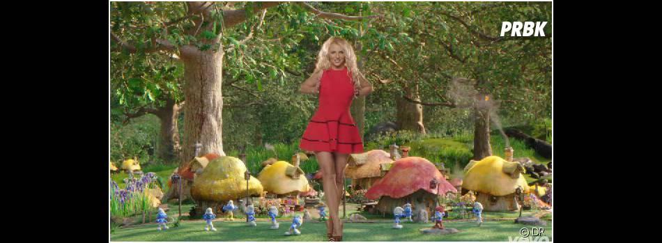 Britney Spears dans le clip de Oh La La