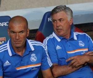 Carlo Ancelotti et son adjoint, Zinédine Zidane