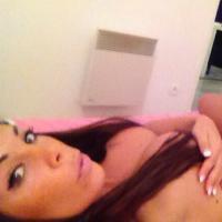Kim (Les Marseillais à Cancun) : gros plan sur ses seins sur Twitter