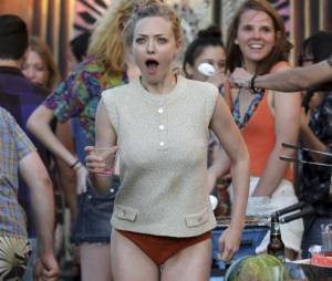 Amanda Seyfried en petite culotte sur le tournage du film While We're Young le 24 septembre 2013