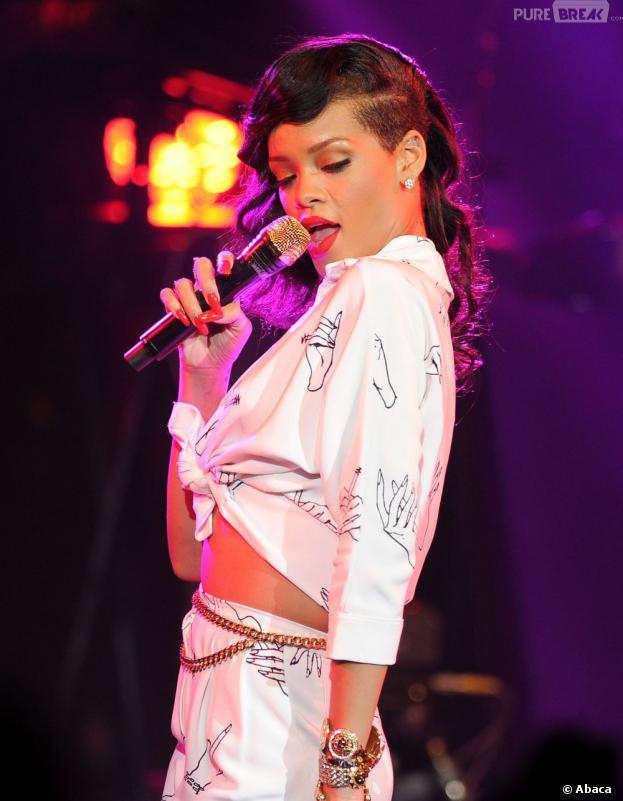 """Rihanna victime d'un """"fan"""" complètement fou"""