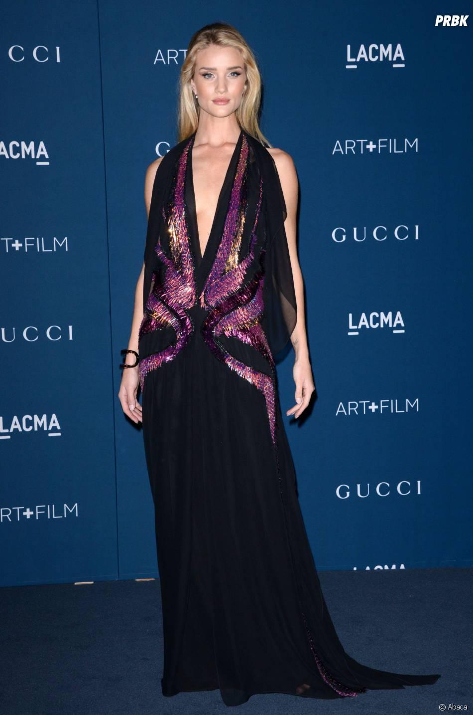 Rosie Huntington-Whiteley pour honorer Martin Scorsese aux LACMA le 2 novembre 2013