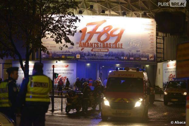 1789, les Amants de la Bastille : l'explosion au Palais des Sports de Paris fait un mort et une quinzaine de blessés, le 8 novembre 2013