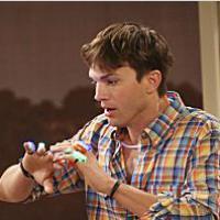 Mon Oncle Charlie saison 11 : une ex-actrice de Dr House pour charmer Ashton Kutcher