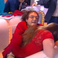 Touche pas à mon poste : Jonathan Lambert attaque une spectatrice en direct