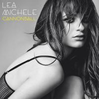 Lea Michele (Glee) : glamour et dentelle rouge pour une sortie à NY