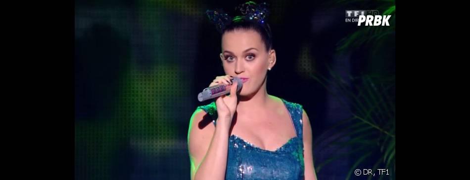 NMA 2014 : Katy Perry interprète 'Roar'