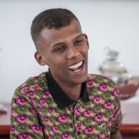 """Stromae dit non aux Enfoirés """"par pudeur"""""""