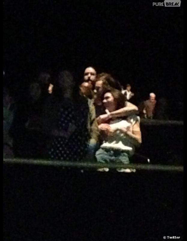 Harry Styles et Kendall Jenner : un vrai petit couple au concert des Eagles à Los Angeles, le 17 janvier 2014