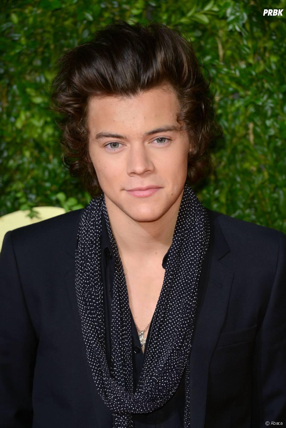 Harry Styles et Kendall Jenner : câlin et bisou en plein concert