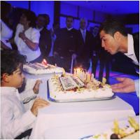 Cristiano Ronaldo et son fils : photo père/fils pour l'anniversaire de CR7