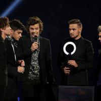 """Harry Styles rate un prix au Brit Awards : """"Je faisais pipi !"""""""