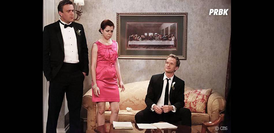How I Met Your Mother saison 9, épisode 22 : Alyson Hannigan, Jason Segel et Neil Patrick Harris sur une photo