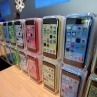 """Apple : un iPhone 5C """"moins"""" cher et l'iPad 4 Retina de retour"""