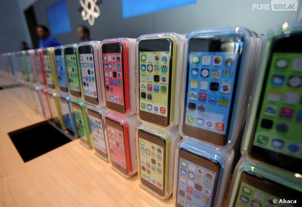 iPhone 5C : le téléphone d'Apple se décline en version 8Go