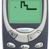 Nokia 3310 : le téléphone fait son retour, le snake aussi !
