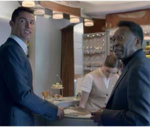 Cristiano Ronaldo et Pelé dans la pub Fly Emirates
