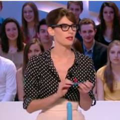 Doria Tillier : prof sexy pour une leçon sur le préservatif