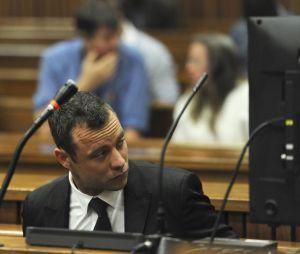 Oscar Pistorius lors de son procès pour meurtre, le 6 mars 2014, à Pretoria.